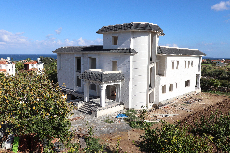 Karşıyaka Villa-1